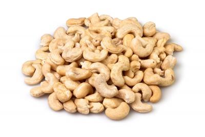 cashew big